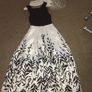 Black and White Floral(?) Prom Dress